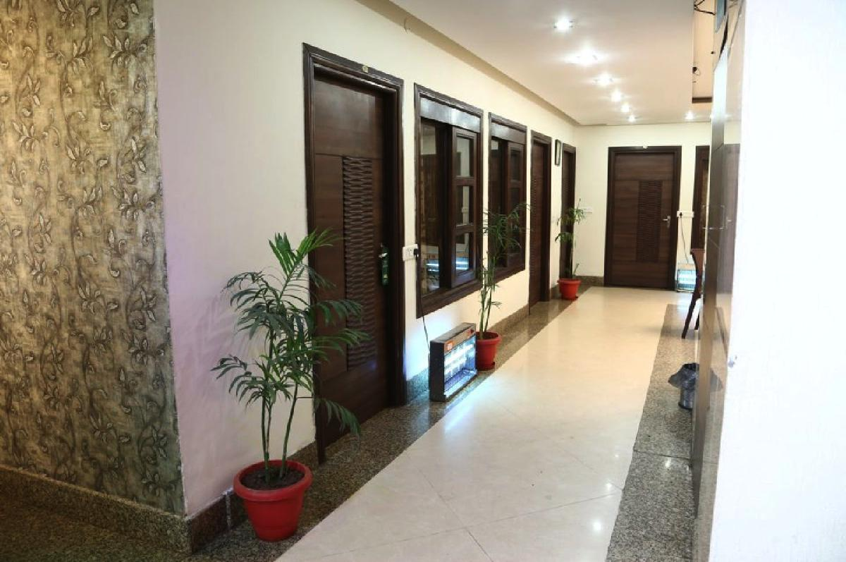 Diamond Inn Hotel Near Chandigarh Railway Station One Of The Best Budget Ed Price Hotels In With Luxury Rooms